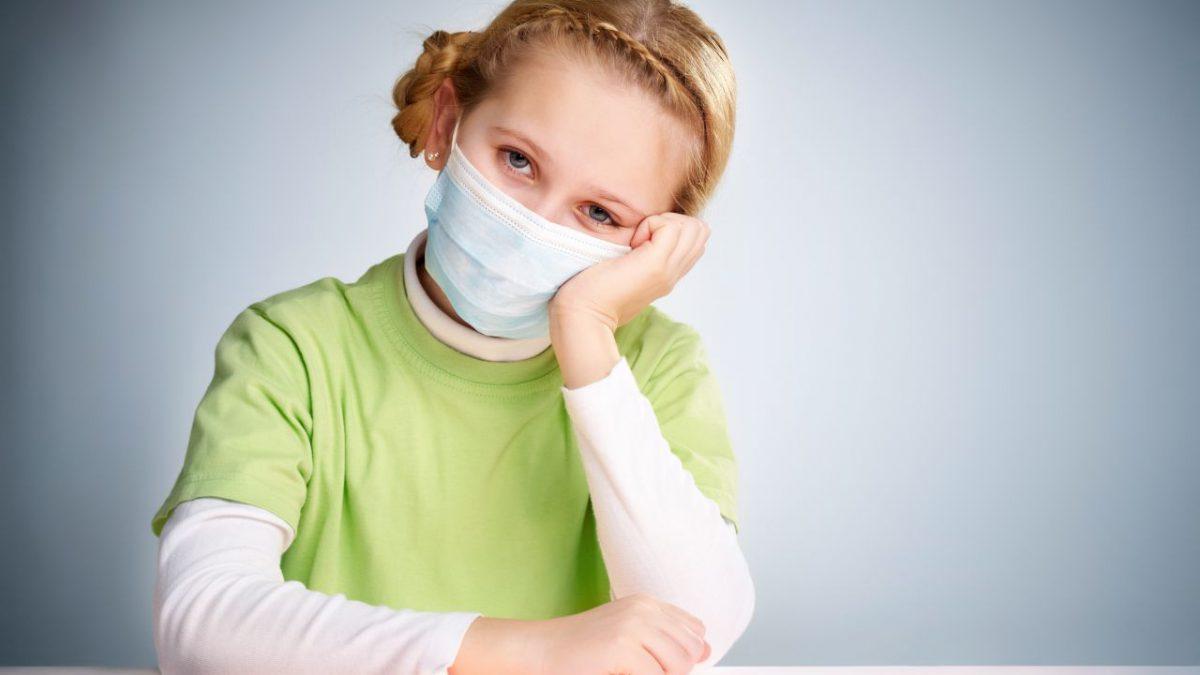 Súlyosabb tüneteket produkál az idei influenza